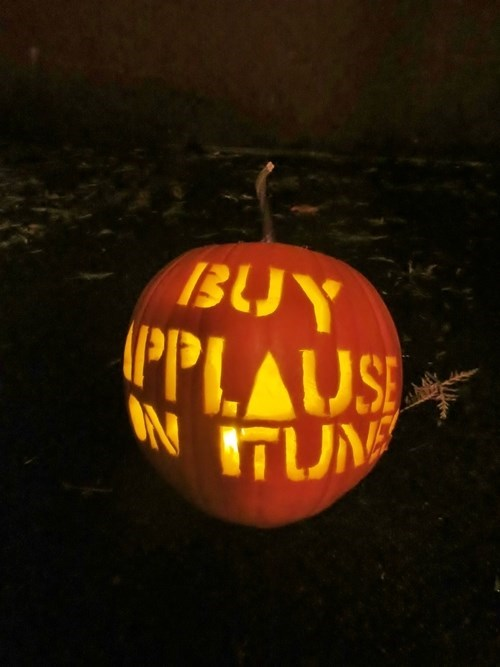 pumpkins,jack o lanterns,applause,lady gaga,famously freaky