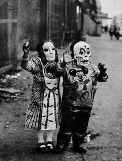wtf halloween creepy funny vintage - 7843340032