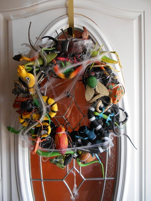 bugs wreathes halloween decorations g rated DIY - 7846065152