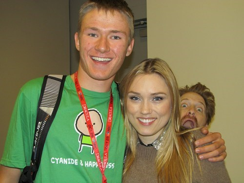 photobomb clare grant new york comic con seth green - 7851613184