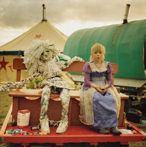wtf kids circuses funny - 7852977920