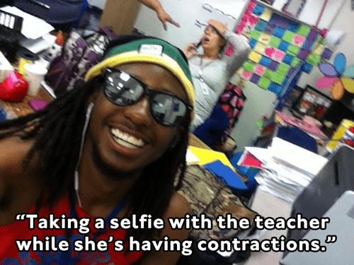 photobomb school selfie pregnant contractions - 7858277120