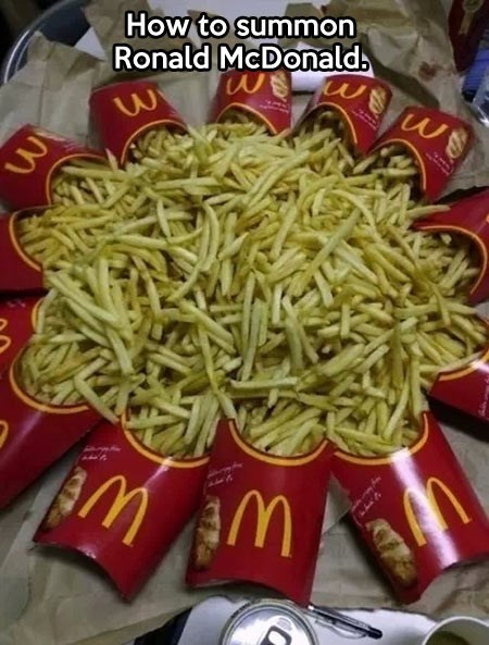 Ronald McDonald,McDonald's,french fries