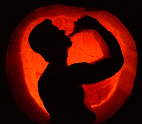 drinking,pumpkins,carving,funny