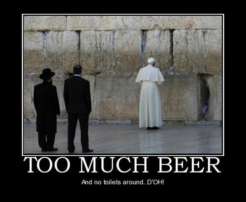 beer pope pee funny - 7863718656