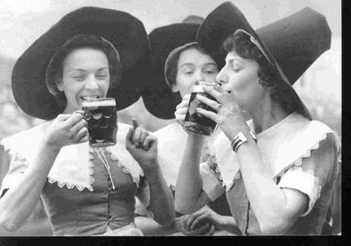 wtf booze ladies funny - 7865128704