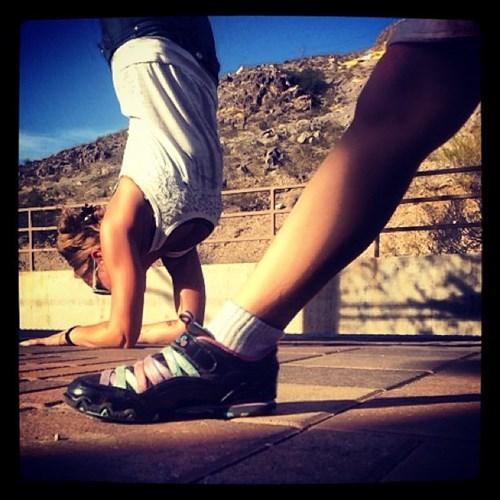 photobomb foot yoga - 7868433152