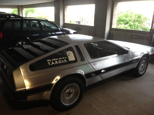 DeLorean tardis doctor who time travel