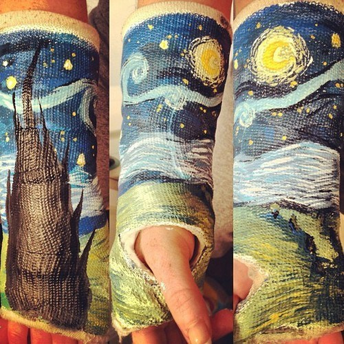starry night,cast,injury,painting,funny