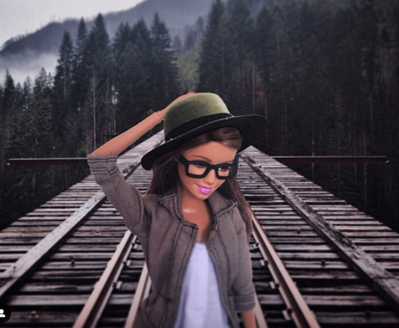 mocking Barbie hipsters instagram - 7890181
