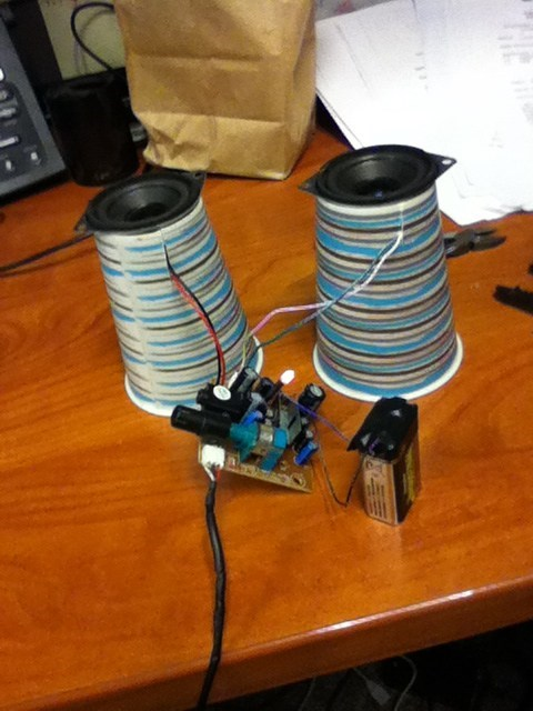 speakers,cups,there I fixed it