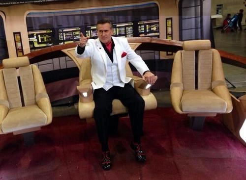 bruce campbell,enterprise bridge,captain's chair