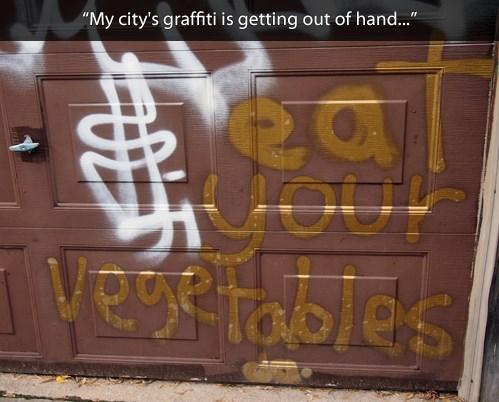 graffiti vandalism - 7892546048