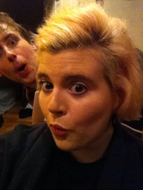 photobomb selfie - 7892799744