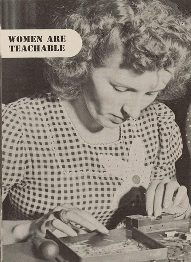 guide work booklet 1940 women vintage - 7908101