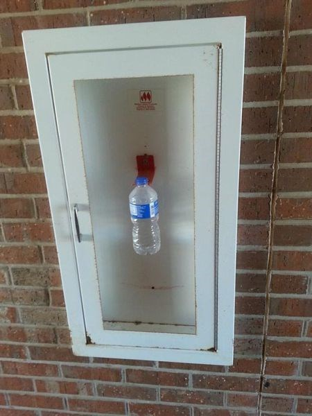fire extinguisher,there I fixed it,water bottle