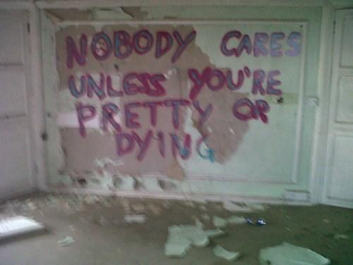 nobody cares graffiti - 7909998080