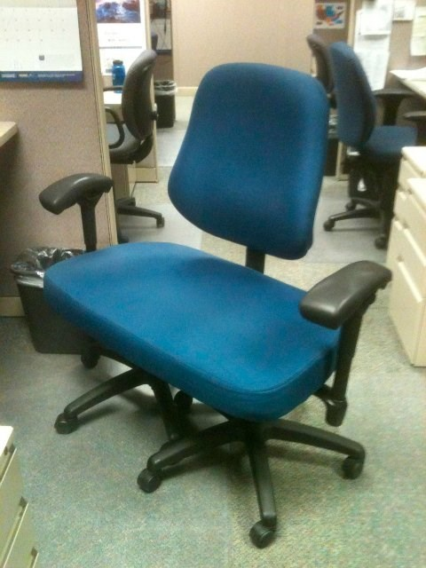 American Sized Office Chair Picture