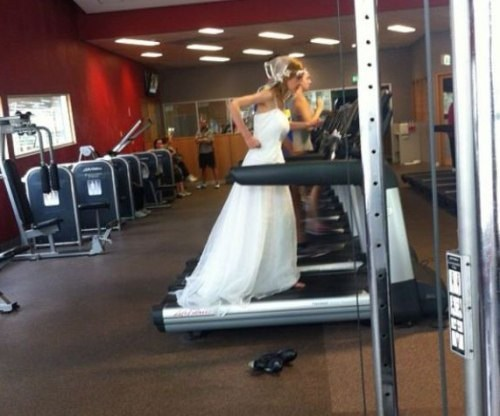 wtf treadmills weddings funny - 7926179072