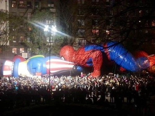 thanksgiving,macy's thanksgiving day parade,Spider-Man,Uncle Sam
