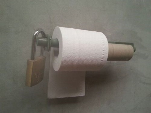 locks there I fixed it toilet paper - 7937976320