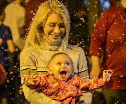 Babies snow parenting - 7939611904