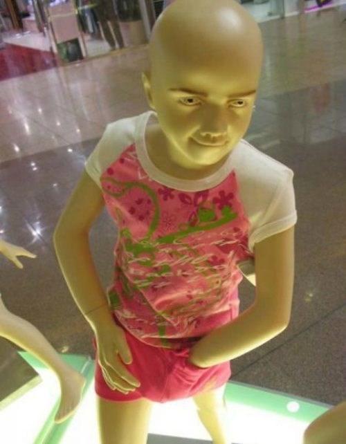 creepy mannequin wtf - 7941412096