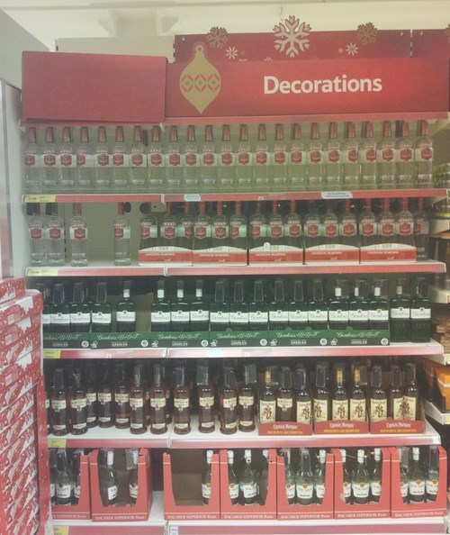christmas decorations booze funny - 7948508672