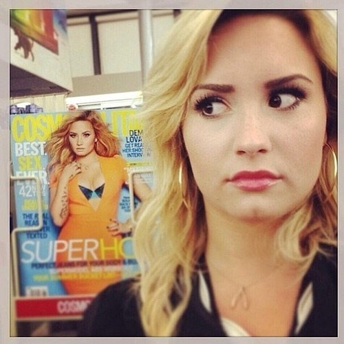 cosmo,demi lovato,selfie,celebrity twitter,Music,g rated
