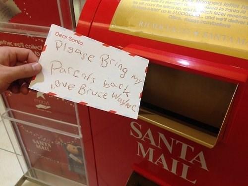 batman bruce wayne christmas orphan santa claus - 7950630400