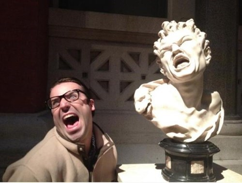 totally looks like,museum,statue