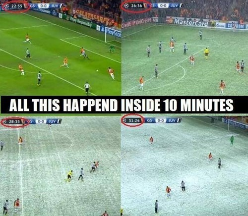 snow,soccer,winter