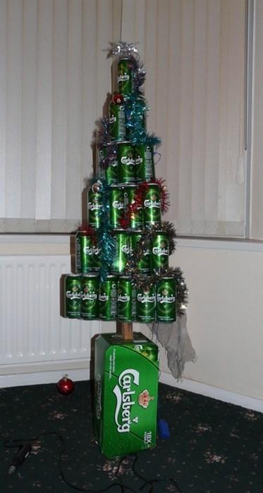 christmas tree carlsberg funny - 7954111232