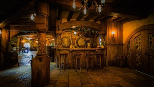 new zealand,inn,hobbiton,The Hobbit,pub