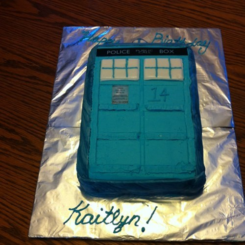 cake doctor who tardis noms - 7957654272