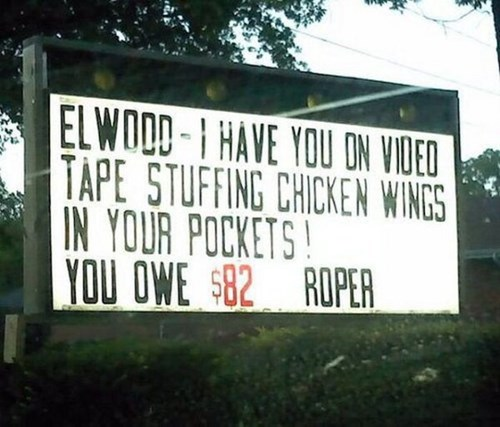 food chicken wings funny signs restaurants - 7961912576
