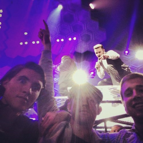 Justin Timberlake photobomb - 7962210304