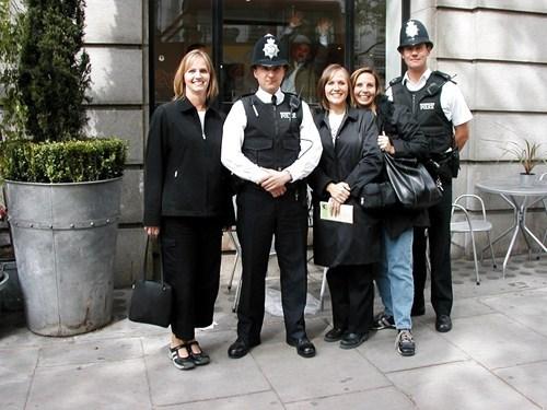 police,photobomb