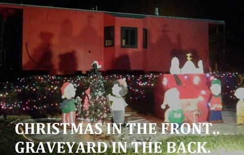 christmas decorations,FAIL,peanuts