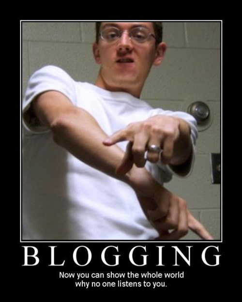 blogging funny no one cares - 7974077184