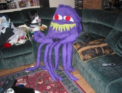 wtf Videogames octopus roommates - 7975172352