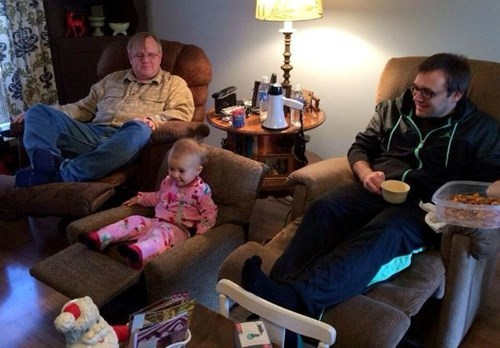 dads,kids,recliners,parenting