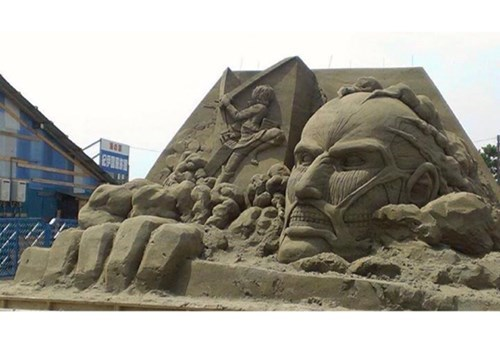 anime,sand castles,attack on titan