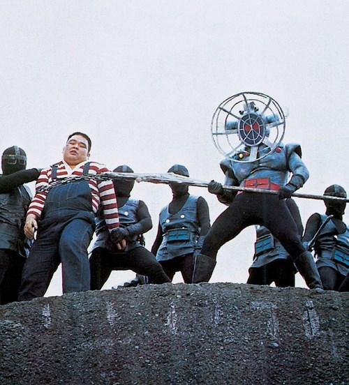 Japan,fans,robots,wtf