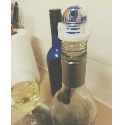 bottle stopper,funny,star wars,r2-d2,wine