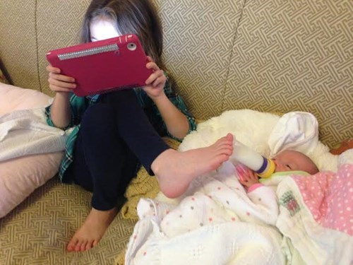 Babies kids parenting Multitasking - 7983121408