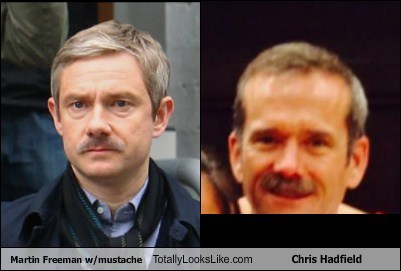 chris hadfield Martin Freeman totally looks like