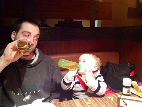 Babies bottles dads parenting - 7990478848