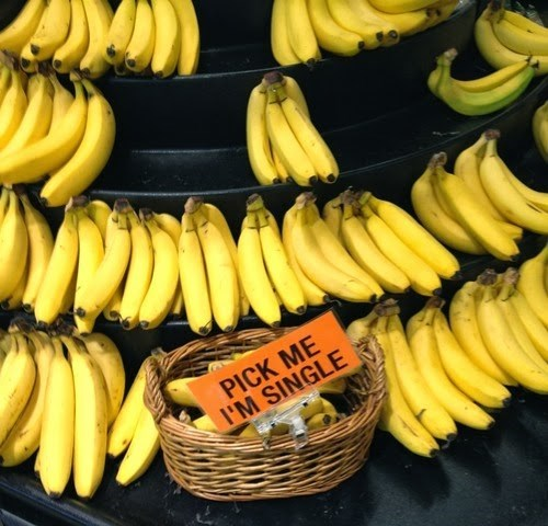 bananas forever alone single - 7991171584
