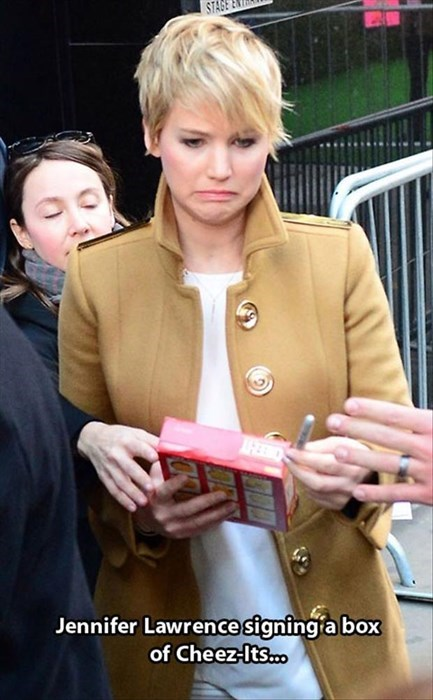 cheez its celeb jennifer lawrence - 7992163840